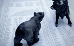 Hedge funds marginally outperform market