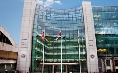 SEC hosts proxy adviser debate case as new legislation proposed in Senate