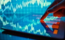 Investors pull more than $1 tn from UK equity funds