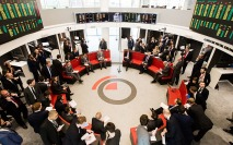 London Metal Exchange to extend open outcry trading